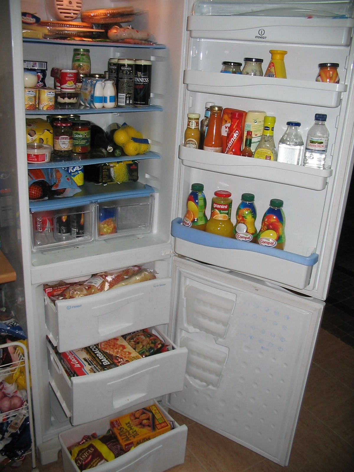 Urgencias para reparación de neveras o frigorificos en Sitges